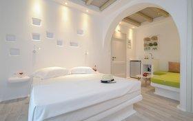Naxian Spirit Suites & Apartments